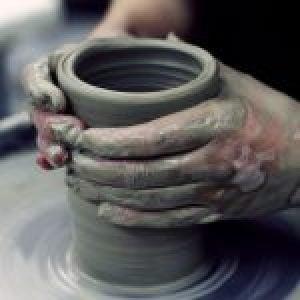 Group logo of The Ceramics Community